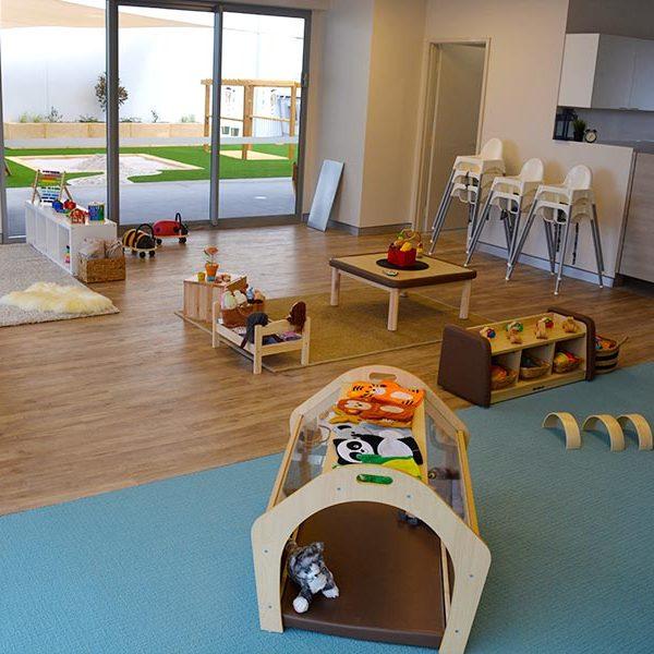 alkimos-beach-early-learning-centre-baby-room